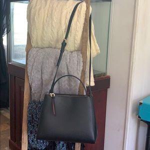 🛍2/$40 NWT Zara Medium Size Cross Body